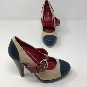 Clark's By Charles David High Heel Shoes Size 6